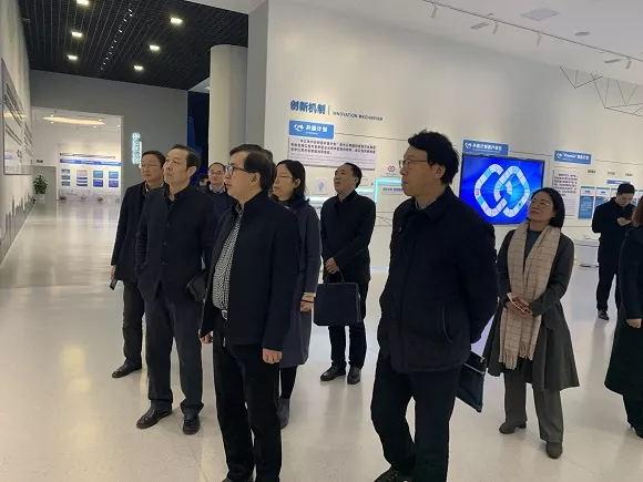 冯少东一行赴常州调研省海外人才离岸创新创业基地